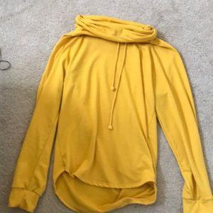 high low hoodie